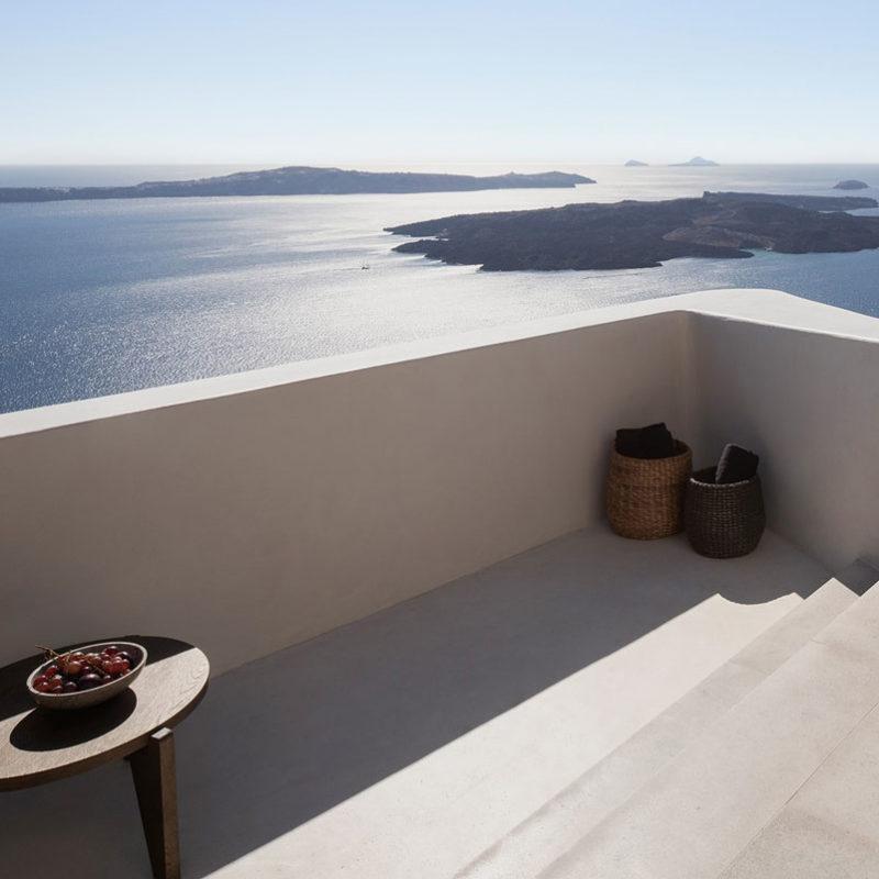 vora villas santorin grece