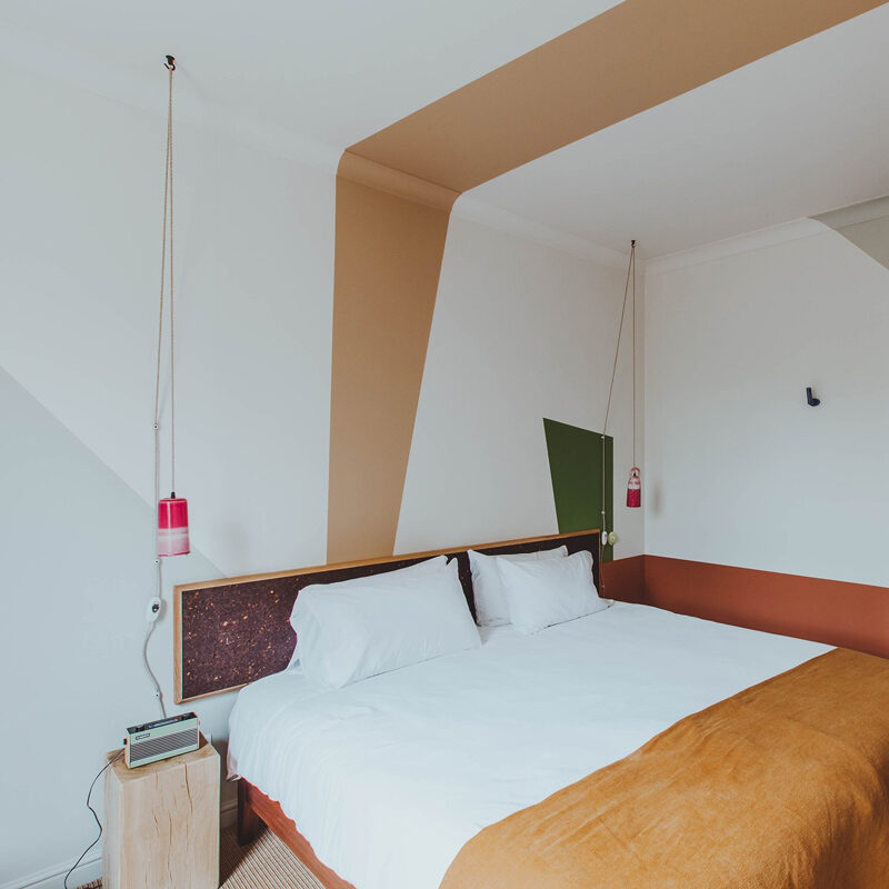 birch hotel cheshunt uk red deer
