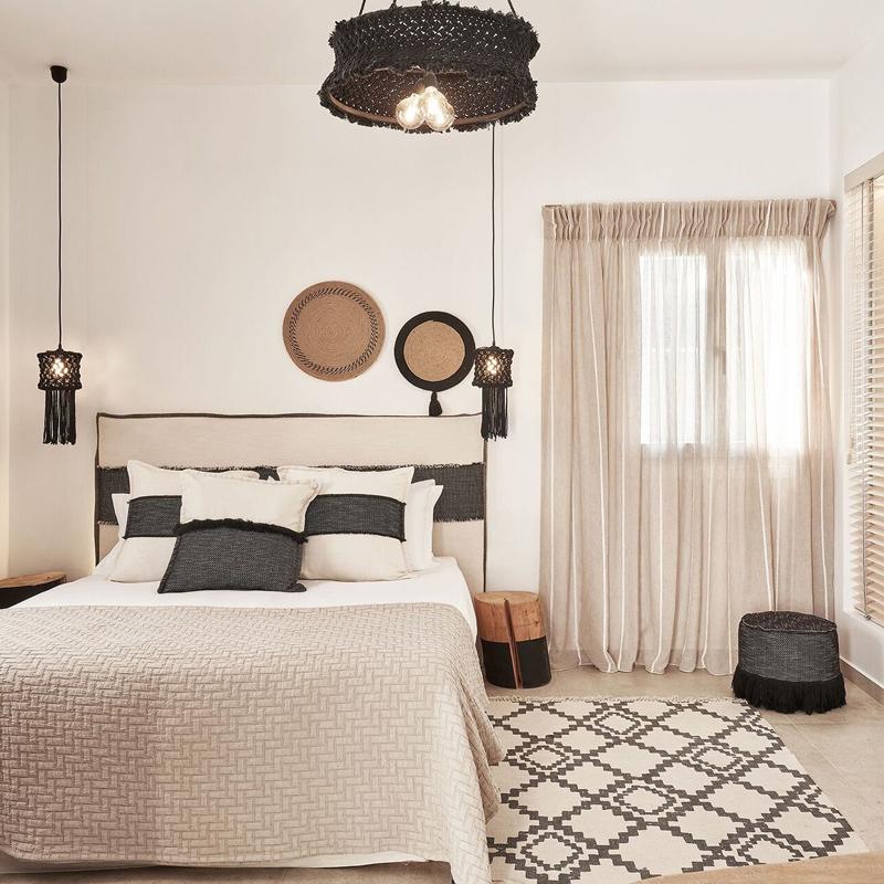 volcano luxury suites milos greece