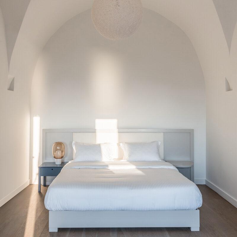 old castle oia santorini hotel greece Kapsimalis Architects
