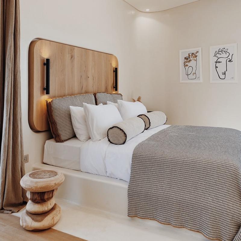 white pebble suites hotel milos greece